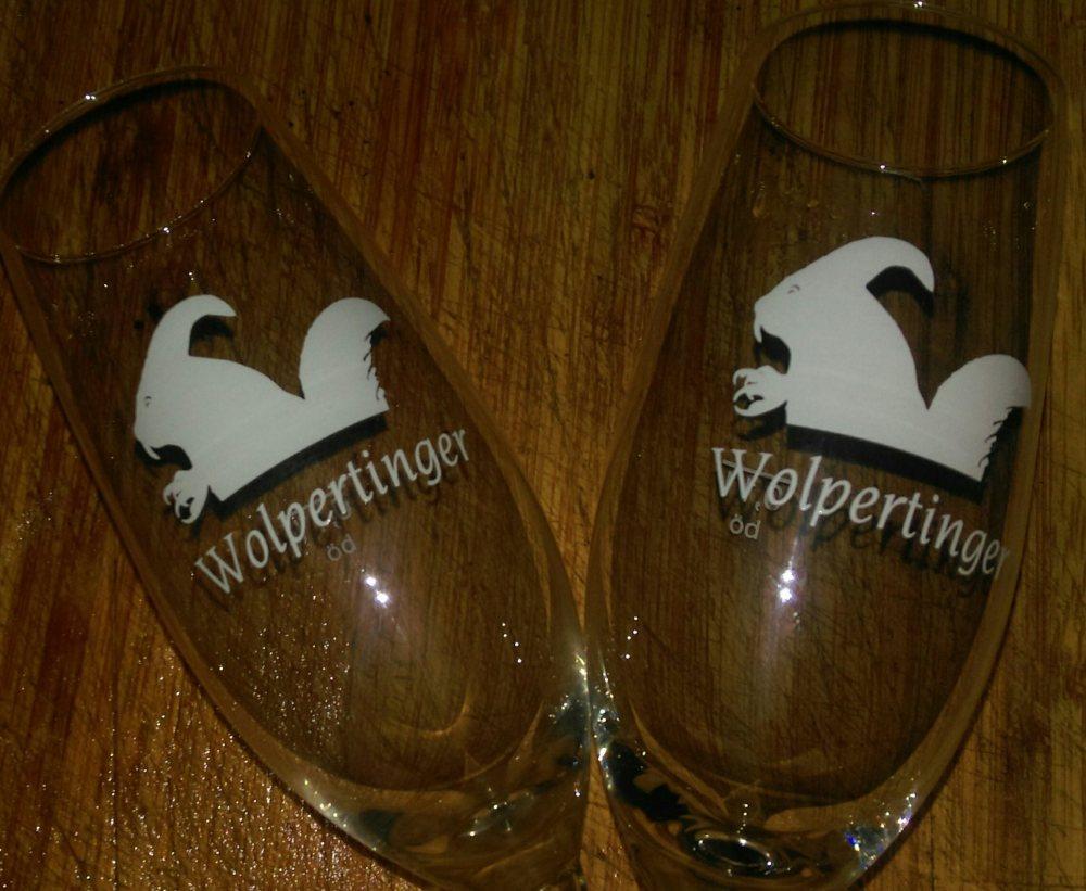 champagne-glass-wolpertinger