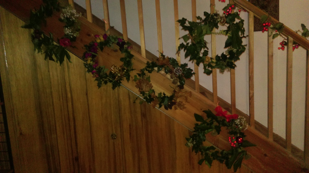 christmas-wreaths-holly-ivy-yule