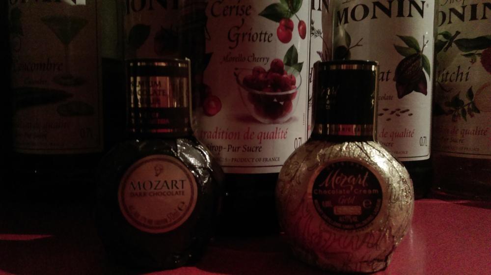 mozart-chocolate-black-cherry-monin
