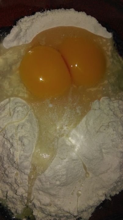 egg_yolks_and_flour