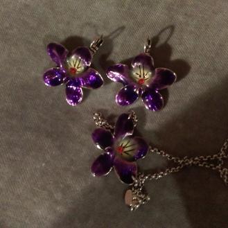 violet_amulets