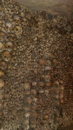 catacombs_of_paris3