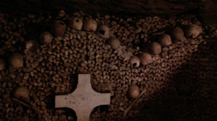 catacombs_of_paris7