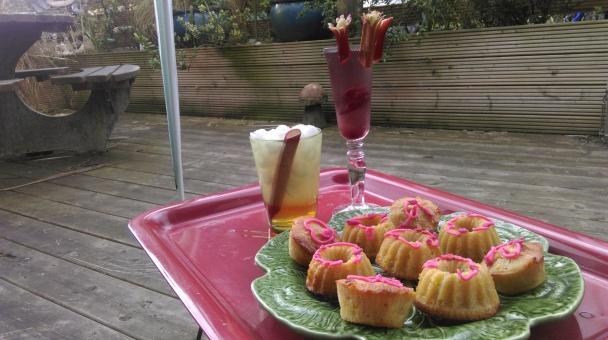 rhubarb_drinks_cakes