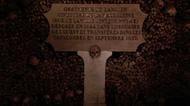 tombstone_catacombs_of_paris