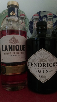 love_dream_cloud_cocktail_ingredients_hendricks_gin_lanique