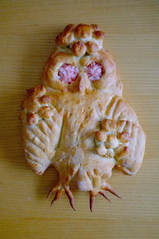 owl_lammas_loaf_bread