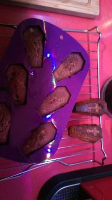 baking_coffin_cakes