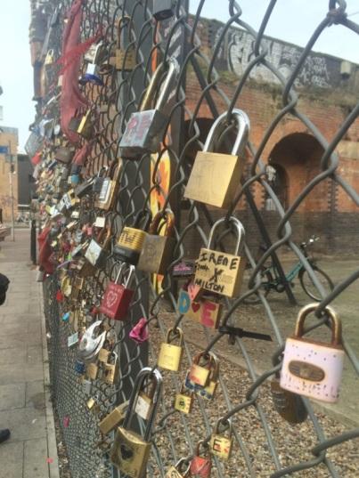 love_locks_shoreditch