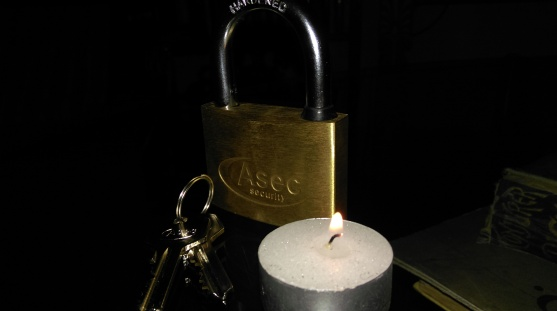 secret_padlock_candle_spell