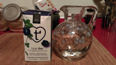 infusing_vodka_blue_pea_tea