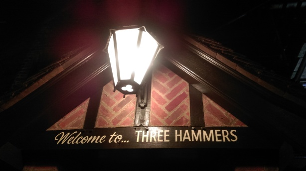 three_hammers_pub