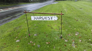 harvest_signage