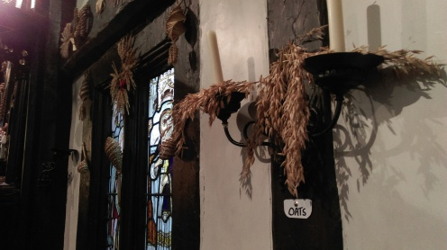 siddington_church_corn_dollies3