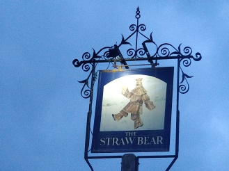 straw_bear16