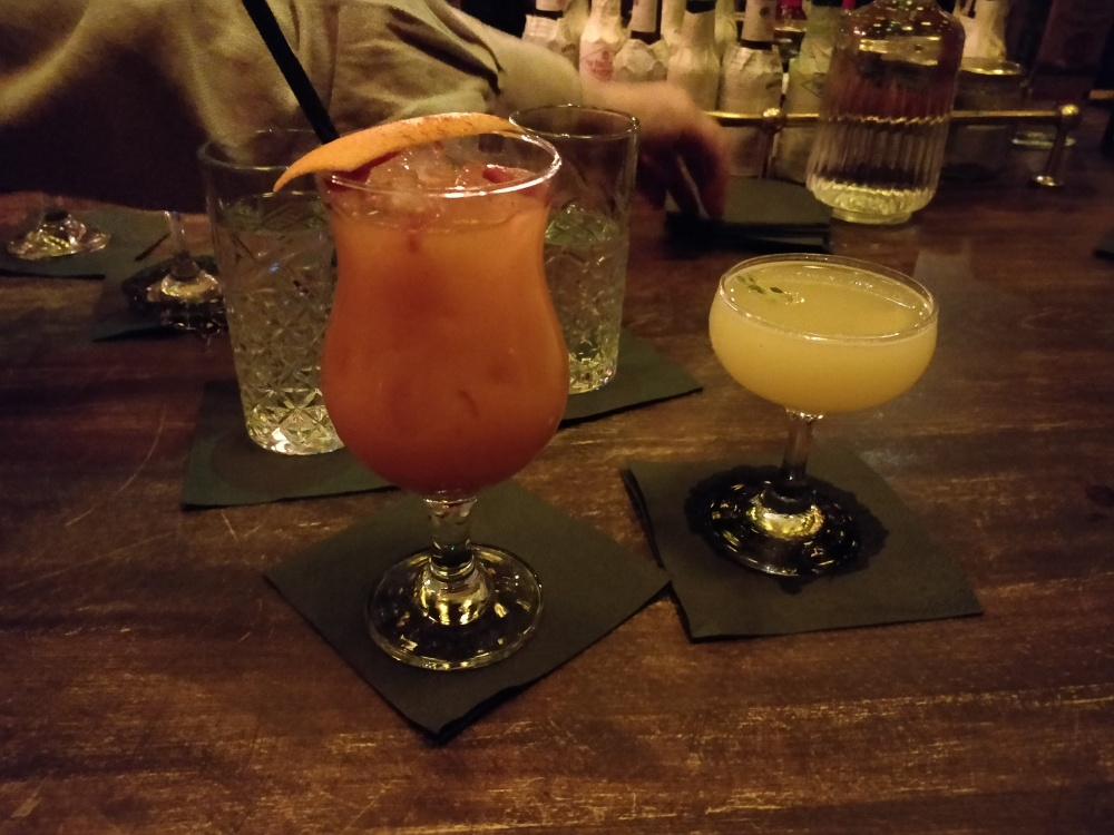 kraken_rum_punch_cocktail